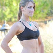 delilah_jogging_topless-2