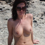sammi_topless_on_the_beach-15