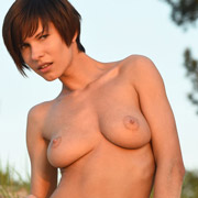 amateur_susi_naked_on_the_beach-15